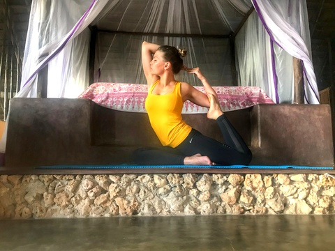 island retreat yoga mindfullness